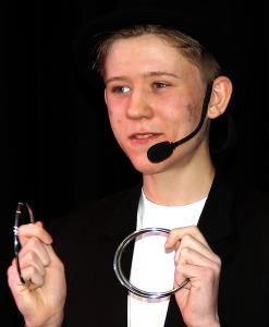 Tryllekunstner Lasse Lisby